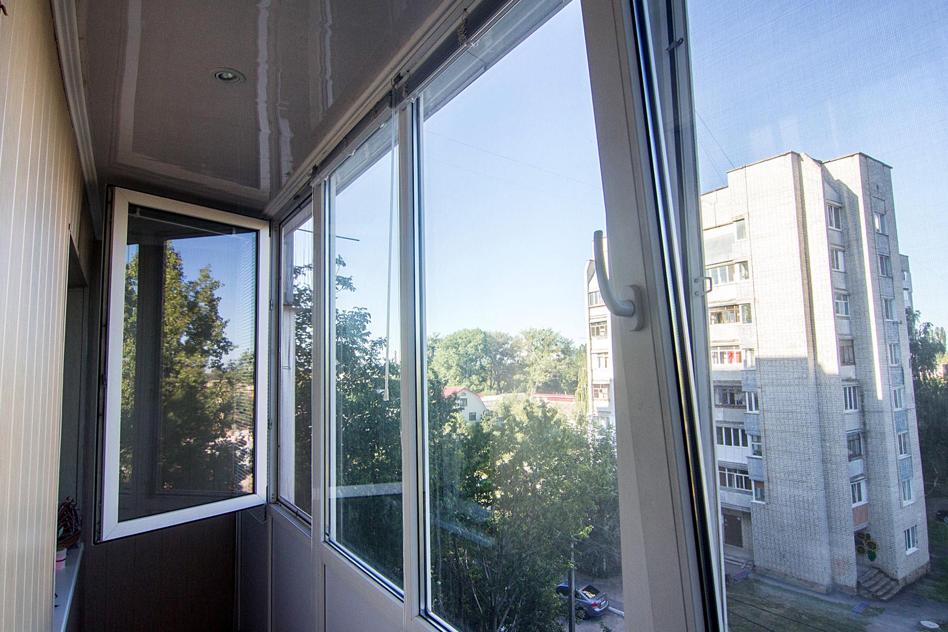 Остекление балкона - уютный дом - dobrodom.com.ua.