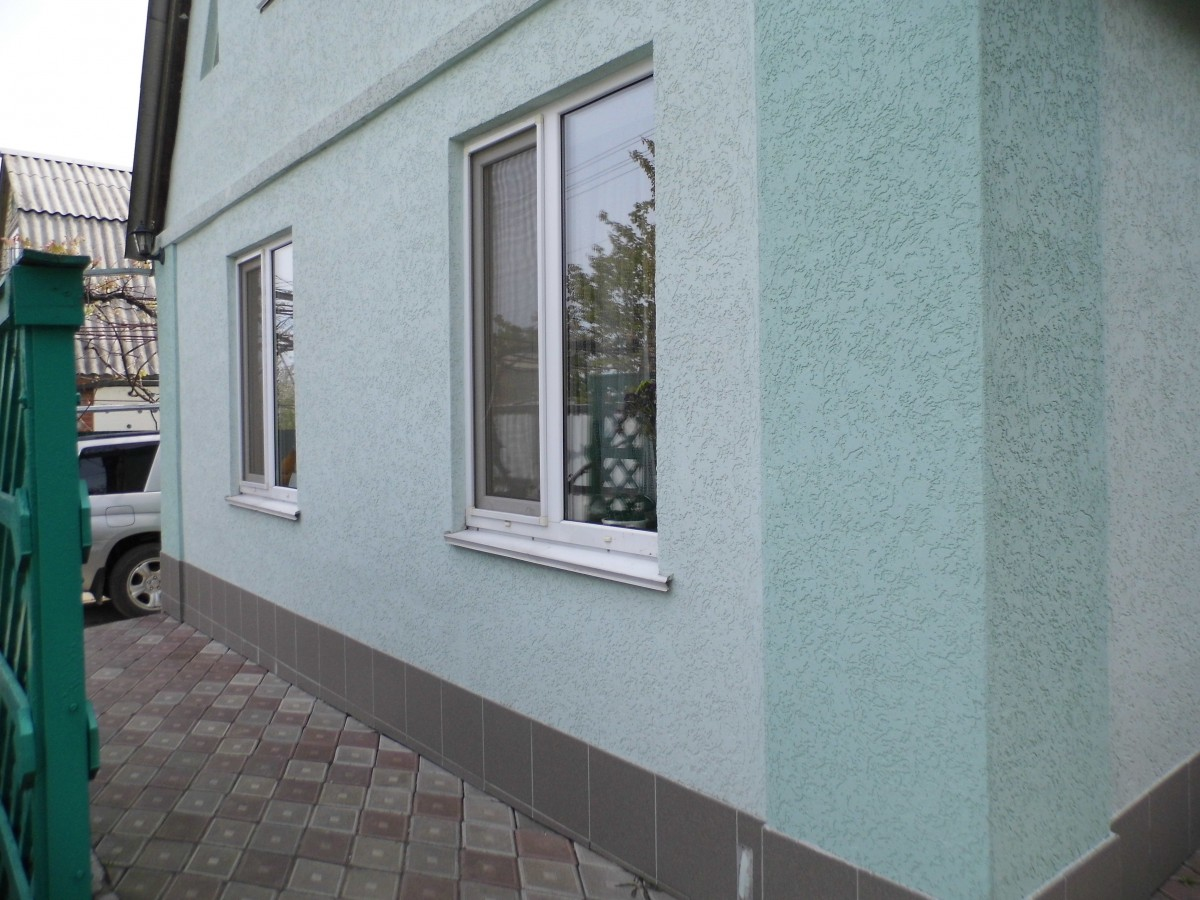 Частный дом с раниловыми отливами ТМ КОРСА
