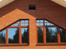 Трапецієподібні вікна