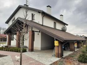 Будинок, засклений профільною системою REHAU GENEO