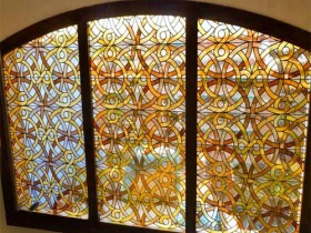 Вітражні вікна