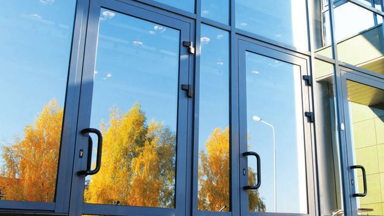 Картинки по запросу алюминиевые двери фото для сайта