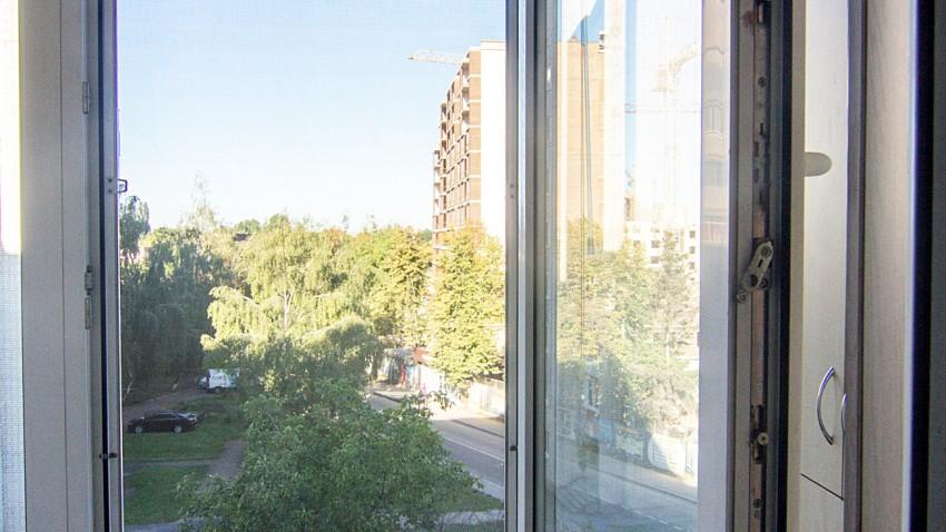 Балкон REHAU ESOCOL 60
