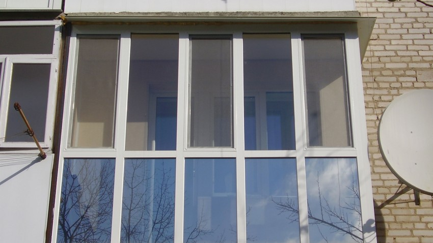 Купити металопластикові вікна rehau у Хмільнику