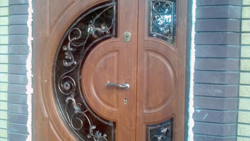 Купить металлопластиковые двери в Конотопе