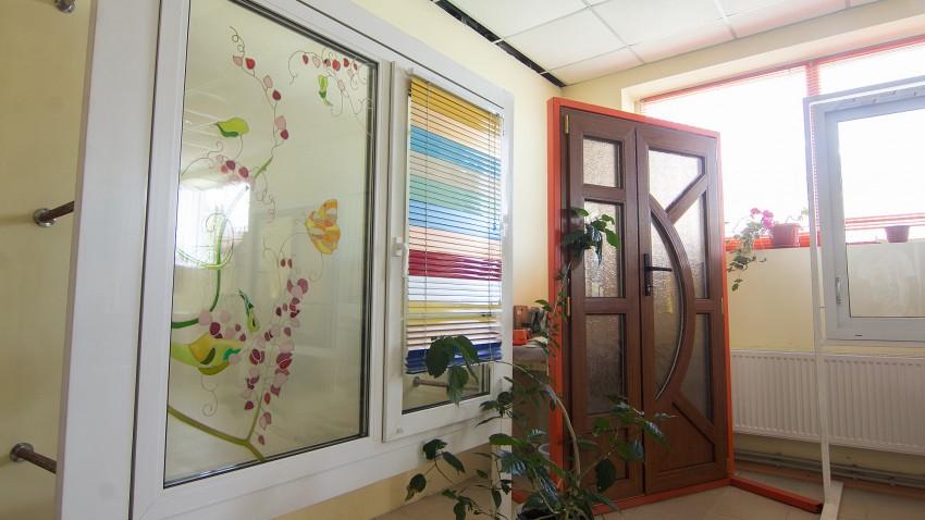Купить ПВХ окна REHAU в Бершади