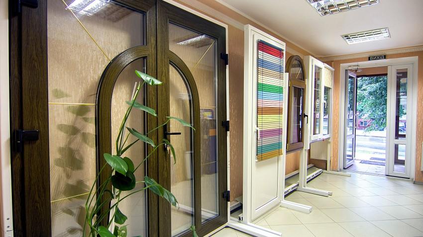 Купить металлопластиковые двери в Виннице