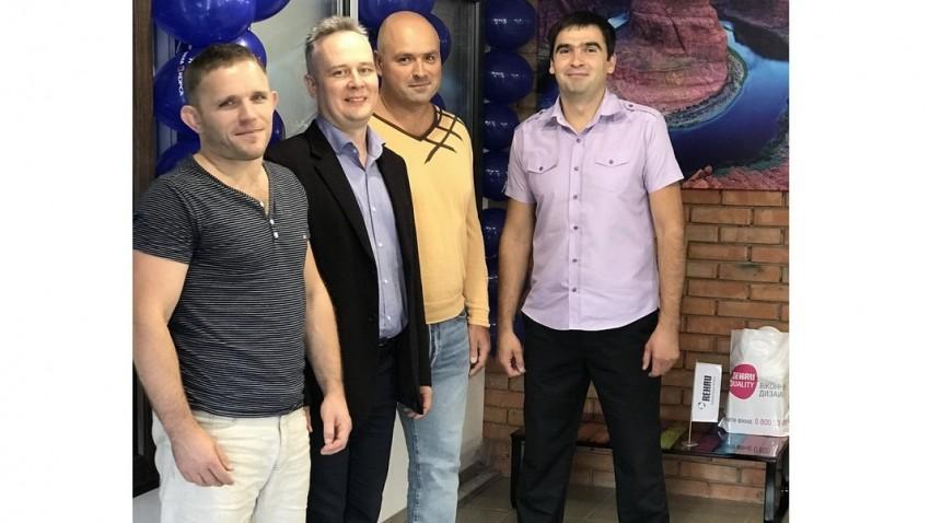 Заказать окна рехау в Киеве