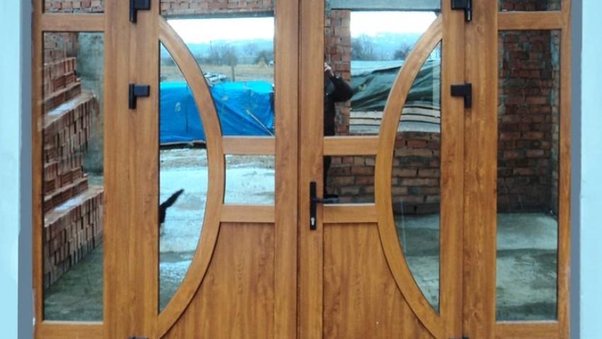 Купить металлопластиковые двери в Киеве