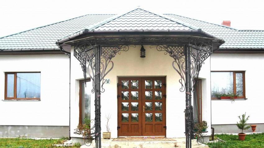 Купить пластиковые двери в Киеве