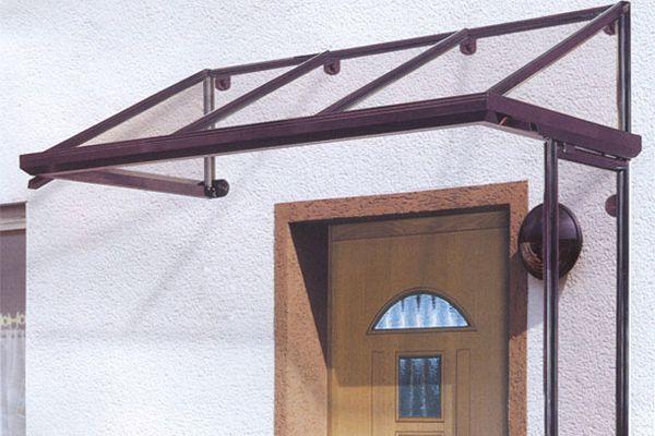 Фото козырьков над входной дверью своими руками